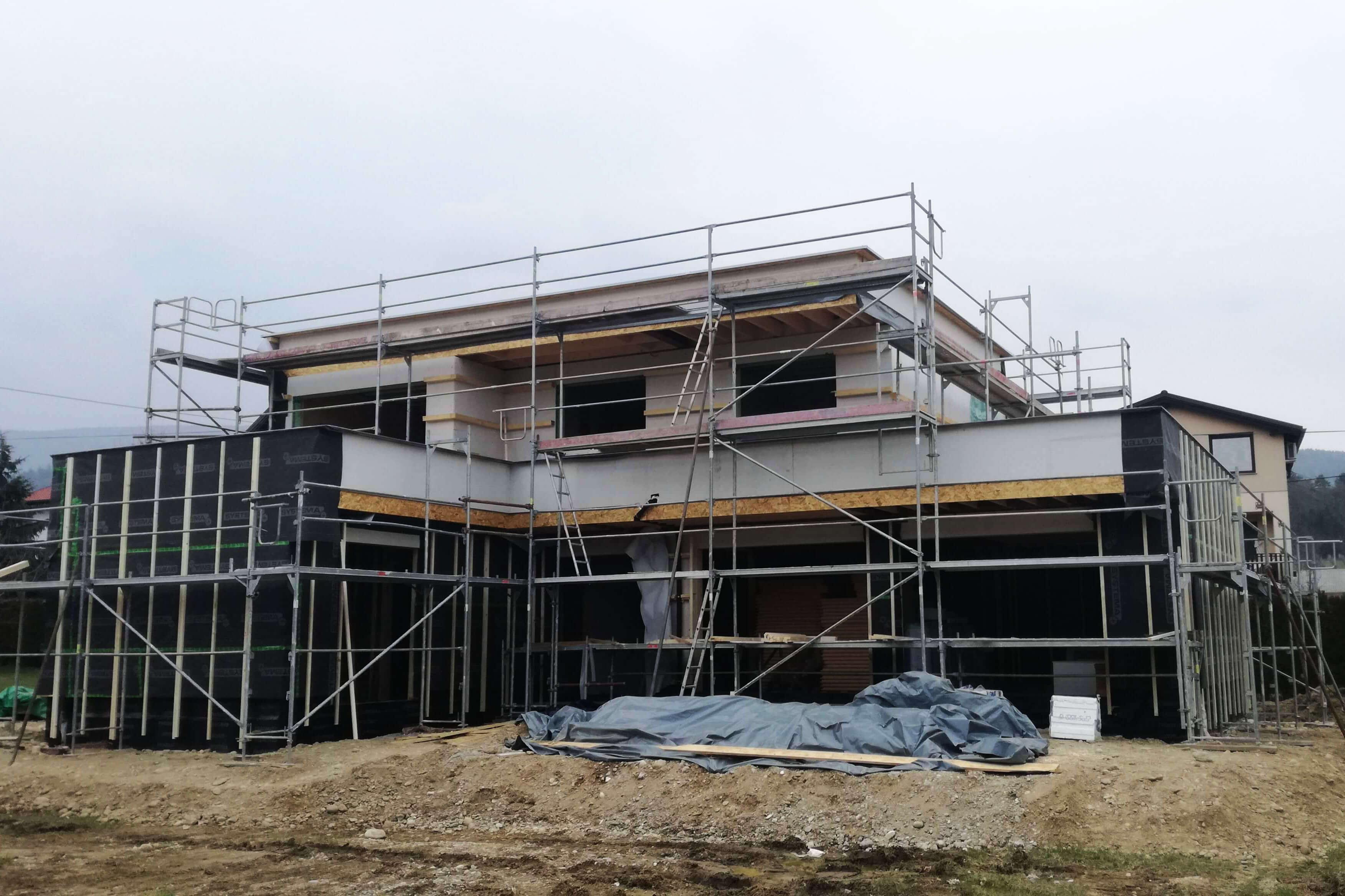 Gradimo že drugo Žiher plus energijsko hišo!
